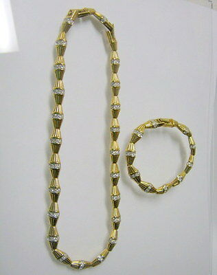 Preowned Nina Ricci Matching Gold Tone Necklace and Bracelet with Extension