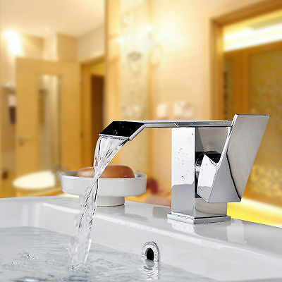 LED Pull Out Spray Swivel Mixer Tap Hand Held Faucet Kitchen Basin Chrme Sink UK