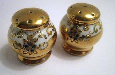 Vintage Hand Painted S&P Shakers, Japan