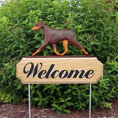 Doberman Pinscher Oak Wood Welcome Outdoor Yard Sign Red/Tan Uncropped