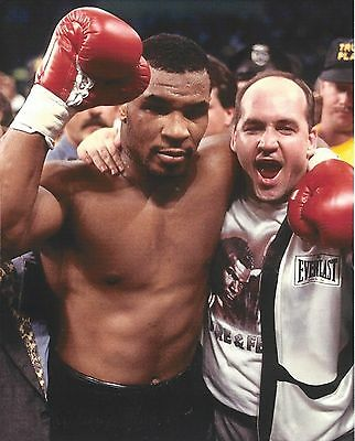 Mike Tyson & Kevin Rooney 8X10 Photo Boxing Picture Victory