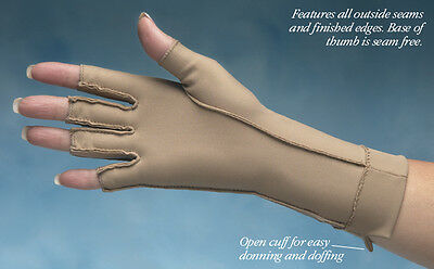 Isotoner Therapeutic Gloves - Half or Full Finger - NC5302X
