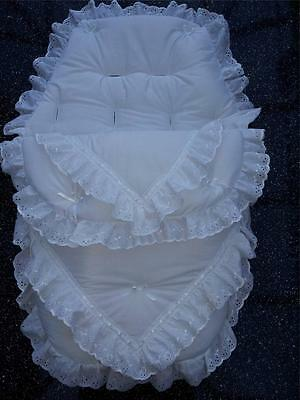 Baby's Cosy Toes / Footmuff 3-in-1 in white  double lace design design