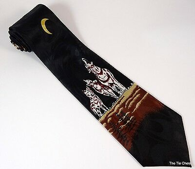 Wolves Howling at the Moon Tie Wolf Necktie