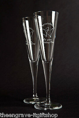 Pair Wedding Champagne Flutes - 2 Hearts - Engraved Wedding Gift