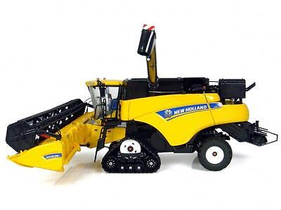 Universal Hobbies 1:32 Mietitrebbia New Holland Cr9090 Art 4004