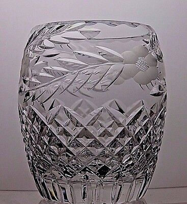 Tutbury Beautiful Design Cut Glass Crystal Vase
