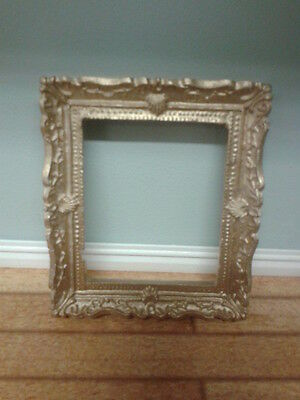 Streets Ahead Dolls House Accessory 1:12th Scale Gold Rectangular Frame D1953