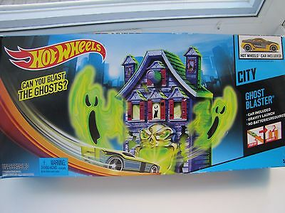 Hot Wheels Ghost Blaster Track Set... NEW IN BOX ...CAR included!