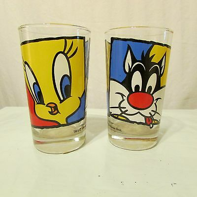 1994 Warner Brothers Tweety Bird & Sylvester Drinking Glass Set of 2 8oz. Looney