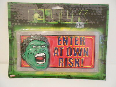 Incredible Hulk 3D Rubber Plaque - Brand New On Sealed Card
