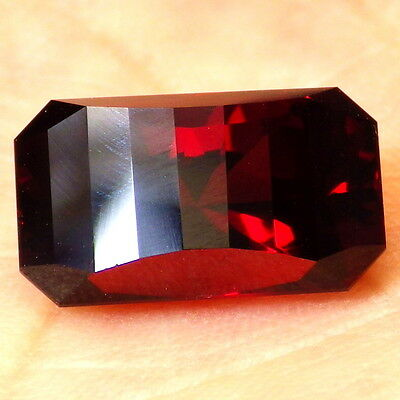RED ORANGE PYRALSPITE GARNET-MALAWI 9.37Ct FLAWLESS-FOR TOP JEWELRY-READ!