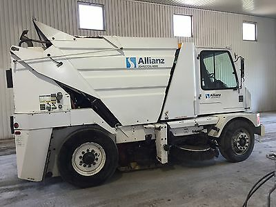 sweeper johnston 4000