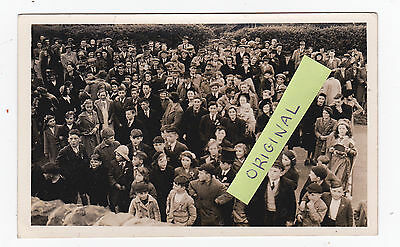Trecastle Ve Day 1945 Crowd Gathered Brecon Powys Not Pc Breconshire Old Photo