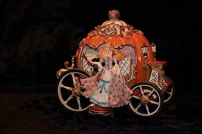Vintage Cinderella Musical Carriage