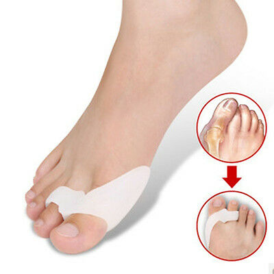 2Pcs Silicone Gel Foot Fingers Two Hole Toe Separator Thumb Valgus Protector