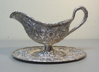 "VINTAGE KIRK ""REPOUSSE"" STERLING SILVER SAUCE / GRAVY BOAT & TRAY, 500 grams"