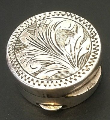 Hand Chased Round Pill / Snuff Box .830 Sterling Silver 1900-1920 GERMANY - L029