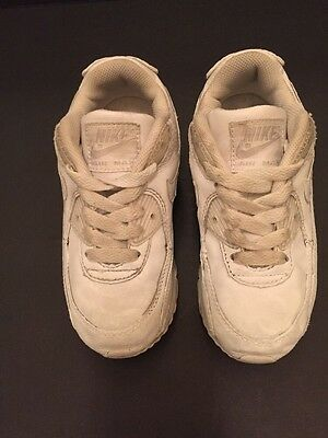 White Nike Girls Tennis Sneakers Shoes Air Max Size 11C.