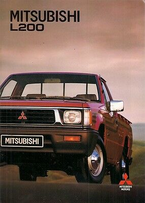 Mitsubishi L200 Pick-Up 1992-93 Export Market Sales Brochure In English & French