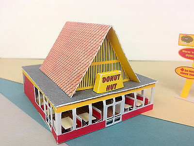 N Scale Building - Retro Style Donut Shop DHN1