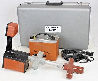 Metrotech 850 Pipe and Cable Utility Locator Transmitter + Receiver