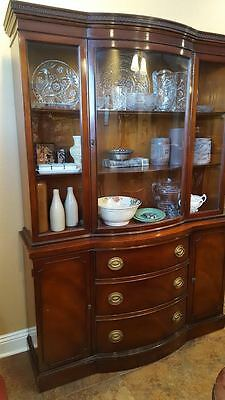 Drexel Travis Court Mahogany Dining Set w Buffet, China Hutch, Table and Chairs