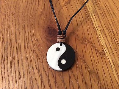 NEW CLASSIC YIN YANG CiIRCULAR PENDANT NECKLACE TRIBAL / ETHNIC - QUALITY