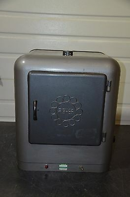 """Fisher Scientific Vintage General-Purpose Gravity Isotemp Oven 12x1212"""" 35-200°C"""