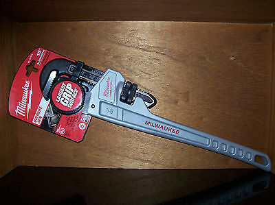 Milwaukee 18'' Aluminum Pipe Wrench 48-22-7218 super Fast priority shipping