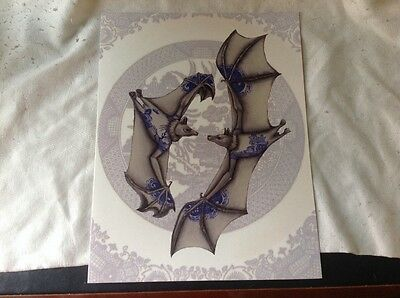Large all occation card featuring the Blue willow pattern BATS