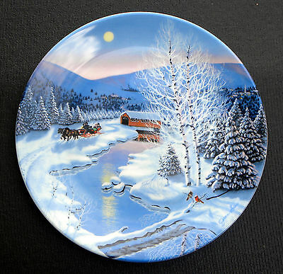 W S GEORGE FINE BONE CHINA CHRISTMAS COLLECTOR PLATE Jingle Bells  by JEAN SIAS
