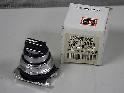 New Cutler Hammer 10250T1343 Selector Switch 3 Position