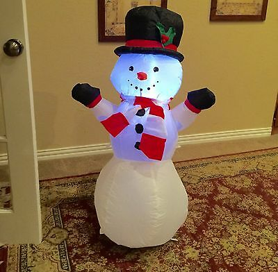 Gemmy Christmas Snowman Inflatable Airblown