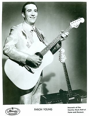 Photo ~ FARON YOUNG ~ Black and White ~ 8 x 10 ~ Glossy ~