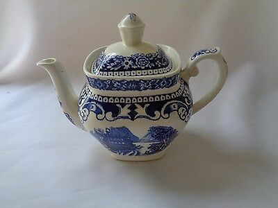 Maastricht Cambridge Old England  Made In Holland Blue Individual Coffee Pot