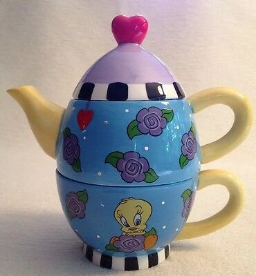 Warner Brothers TWEETY BIRD Tea-For-One individual Teapot & Cup