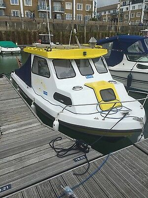 Fast fishing boat icelander 18 3 picclick uk for Fast fishing boats