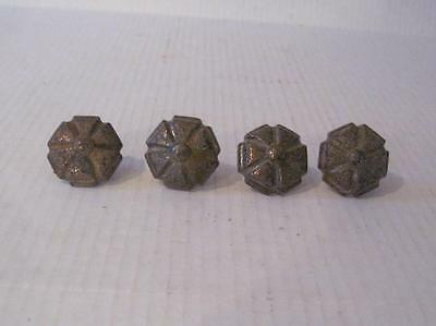 Lot of 4 Vintage Weathered Pulls/Knobs Rustic           #126