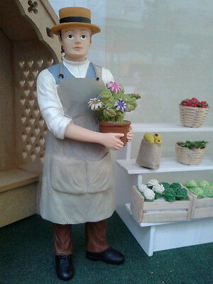 Dolls House Miniatures 1/12th Scale Accessory Resin Gardener/Shop Keeper DP290
