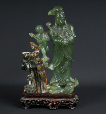 China 20. Jh. A Chinese Jade Figure of Guanyin - Scultura Giada Cinese Chinois