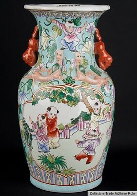 China 20. Jh. A Chinese 'Canton Style' Baluster Vase - Vaso Cinese Chinois Chino