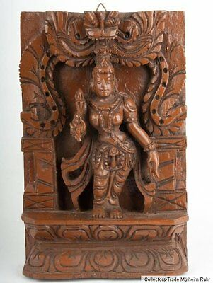Indien 20. Jh. Holzrelief - A South Indian Carved Wood Panel Lakshmi or Parvati