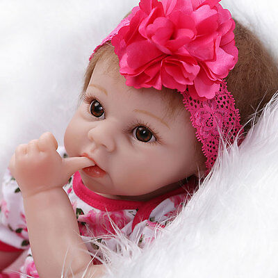 "22"" Lifelike Baby Girl Doll Silicone Vinyl Reborn Newborn Dolls w/ Clothes"