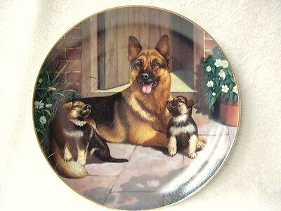 "8"" Danbury Mint German Shepherd Plate Called A Proud Mother Plaque Ornament"