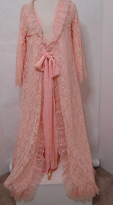 Edie Adams Stage Worn Vintage Peach Lace Robe With Photo Match