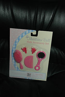 Lee Middleton Hair Accessory Set, new in package Ages 3+