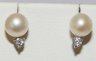 A FINE PAIR OF 9CT WHITE GOLD 6mm PEARL & DIAMOND STUD EARRINGS