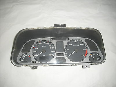 compteur peugeot 306 phase 3 , HDI , 195679 km 9636738080 (ref 2494)