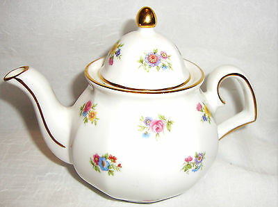 Wade Miniature Teapot - The Regency Collection - Floral Posies - VGC